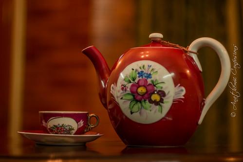 Vintage Russian Tea Pot