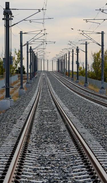 Photo of tracks on Peña Boulevard