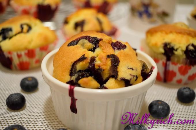 Blueberry muffins - 10
