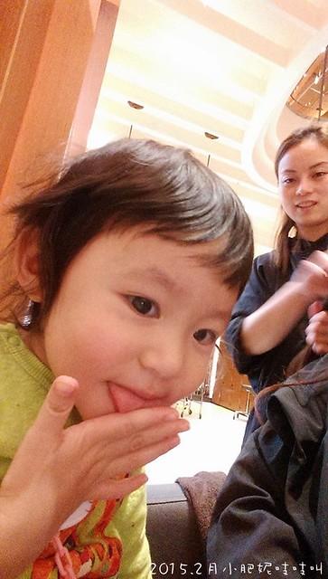 """【小貝貝日記】什麼都要""""一起""""的1歲9-10個月"""