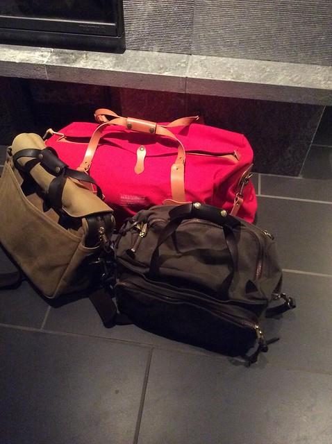 Merkki Laukkuja : Salkut ja laukut