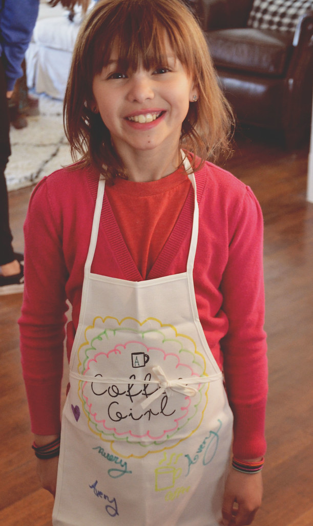 aves in her apron