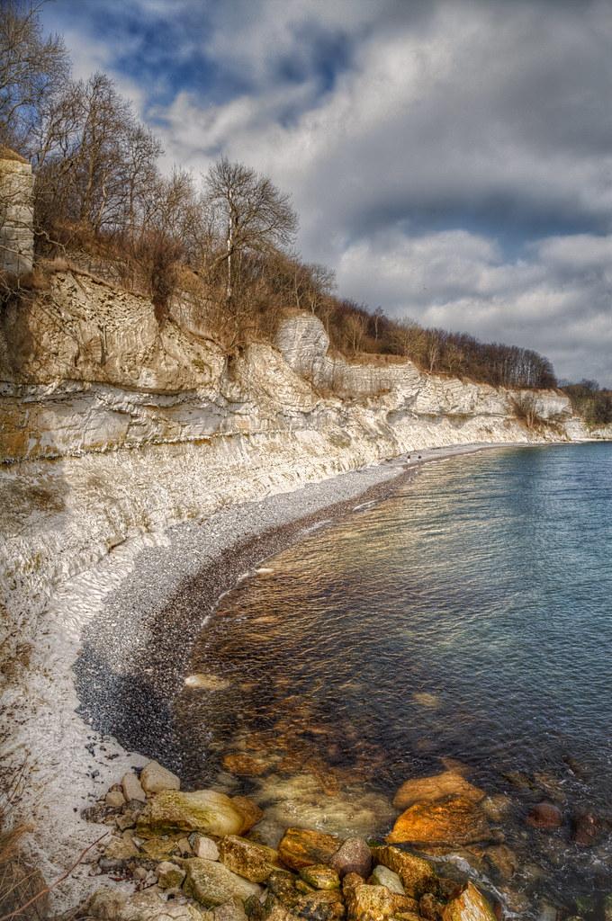 Stevns Klint er den 12 km lange og op til 41 m høje klint der afgrænser Stevns mod øst. Klinten er i 2014 kommet på UNESCOs Verdensarvsliste over naturarv. På Stevns Klint markerer et lag af fiskeler tydeligst i hele verden som et gyldent søm en af de største naturkatastrofer og masseudryddelser i Jordens historie.  Klinten består øverst af bryozokalk (limsten), der fra middelalderen blev brugt til bygningssten. Biskop Absalon hentede bygningsten ved klinten til bygningen af sin borg i København. Brydningen ophørte i 1940'erne.