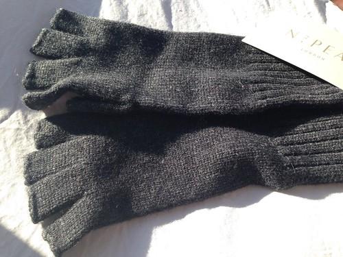 n peal cashmere fingerless gloves