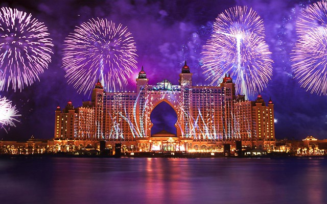 Atlantis-The-Palm-Fireworks-Night