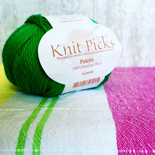 Spring colors are what I'm craving right now. Maybe it's the grey skies? Hurrah for @knitpicks