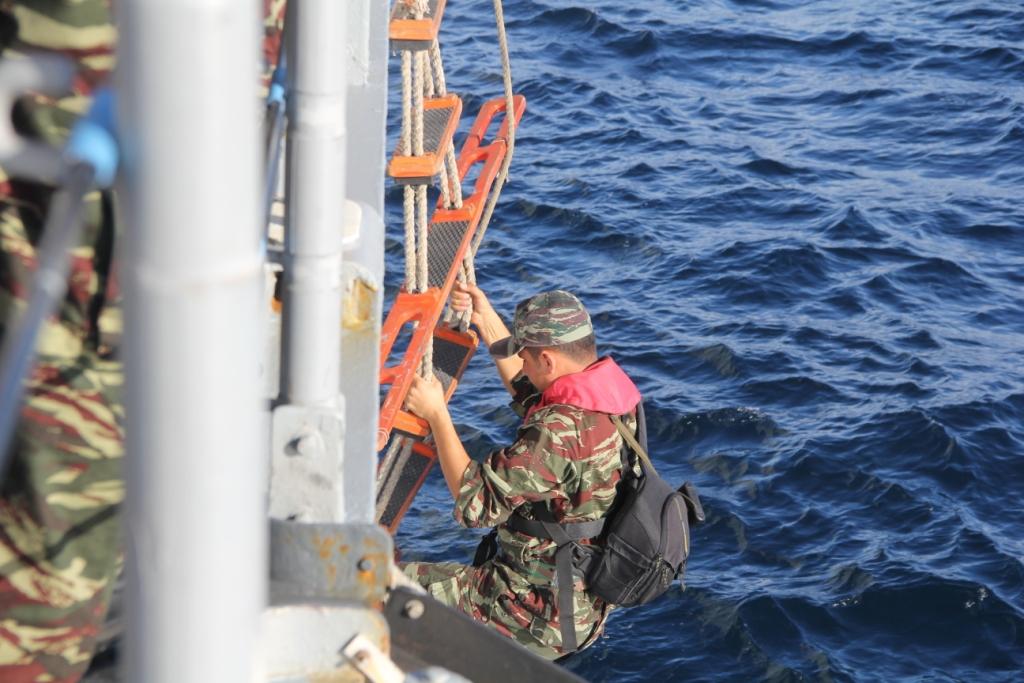PASSEX 2014-5 : USS Simpson (FFG-56) et RMN Sultan Moulay Ismail (614) 15882499581_ba12699b35_b