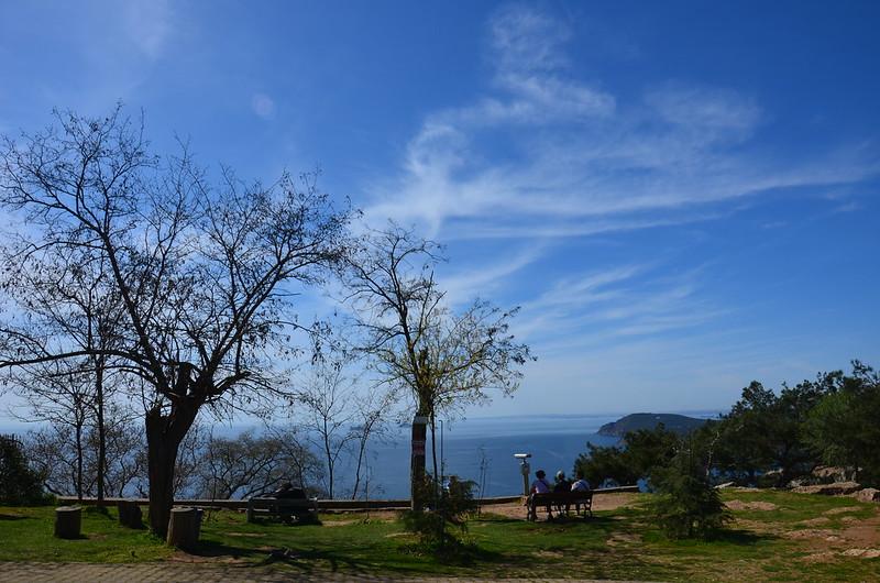 Herrliches Panorama mit Ausguck