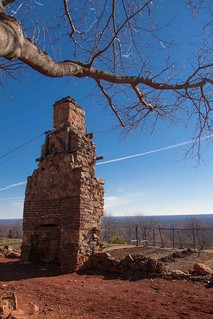 Joinery (cabinet maker's) chimney at Monticello