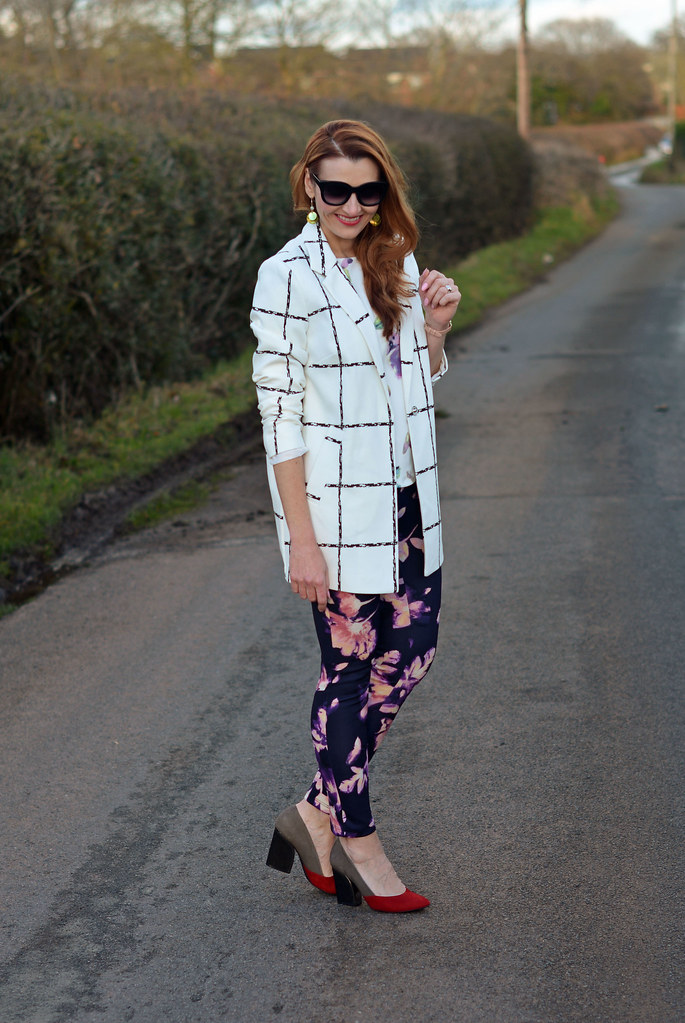Spring style: White check coat with floral top and leggings