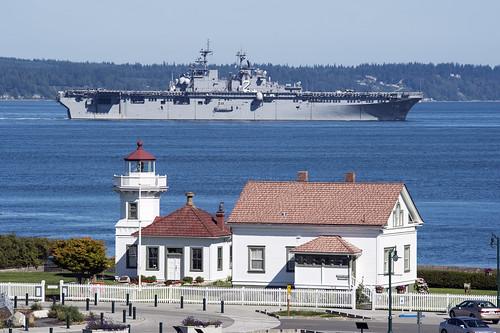 USS Essex Hosts 2014  Holiday Bowl Luncheon