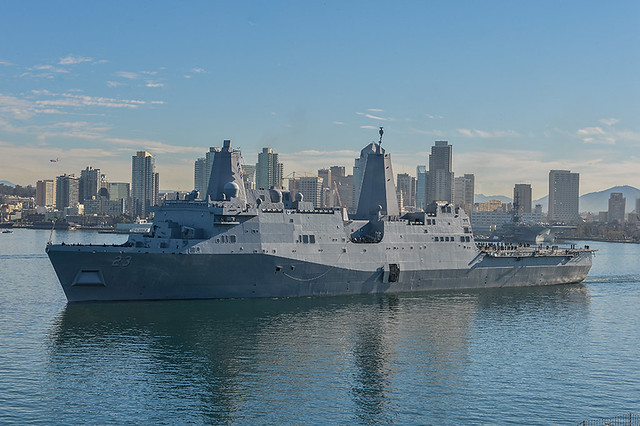 SAN DIEGO - The amphibious transport dock ship USS Anchorage (LPD 23) transits San Diego Harbor in preparation for its maiden deployment.