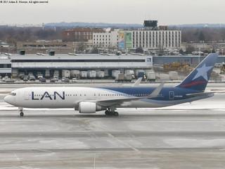 CC-CXH (LAN Airlines)
