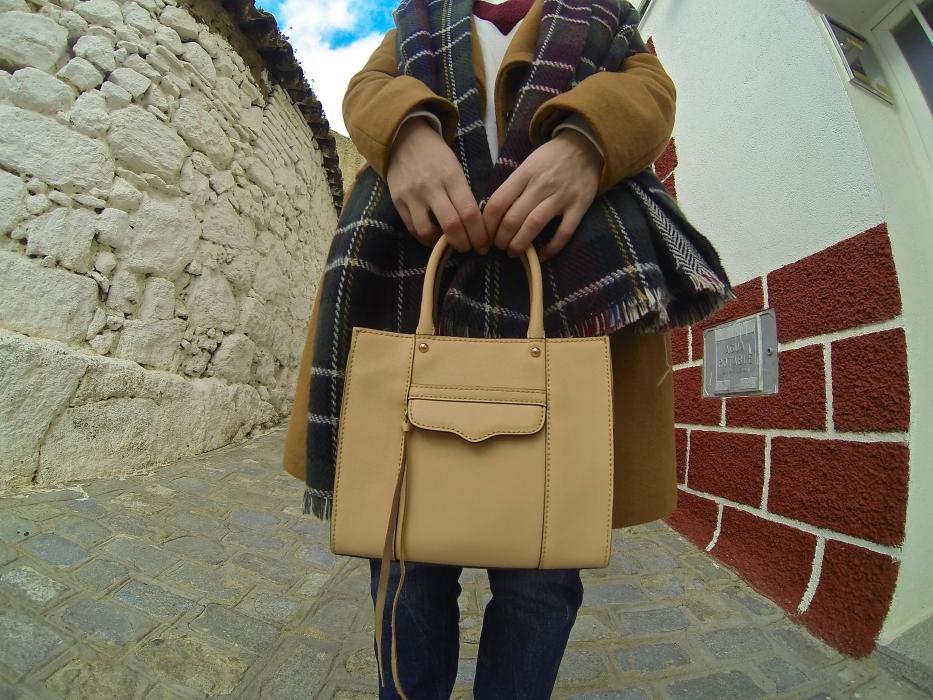 lara-vazquez-madlula-look-style-ootd-minkoff-bag