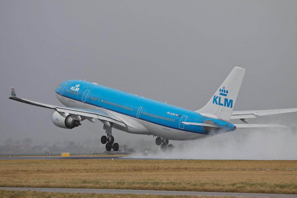 PH-AON - A332 - KLM