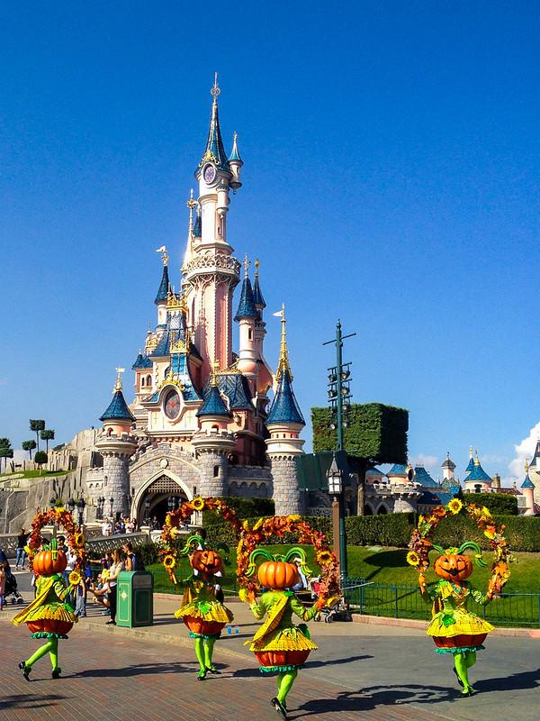 Pumpkin Dancers in Mickey's Halloween Celebration