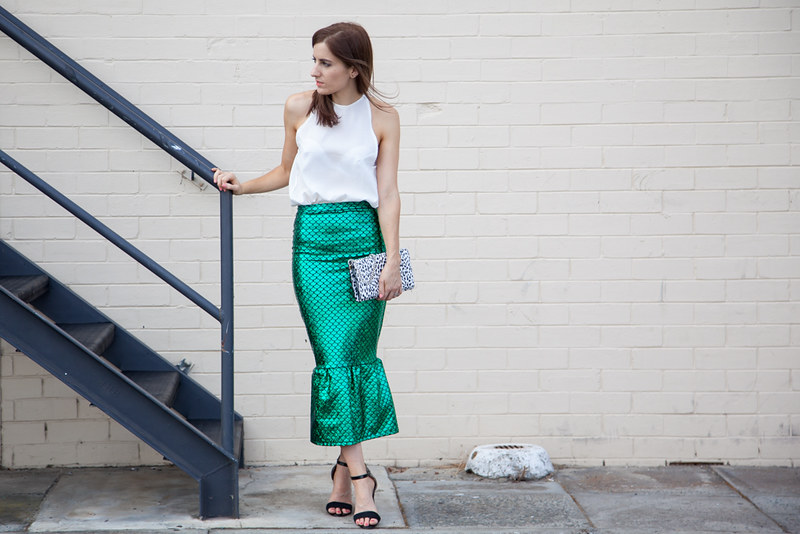 Outfit wearing Jessica Reeves green mermaid skirt