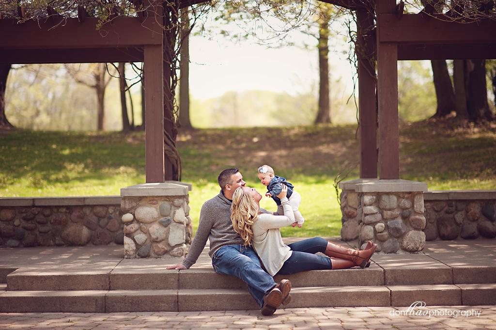 Hudsonville, Michigan family & baby photographer