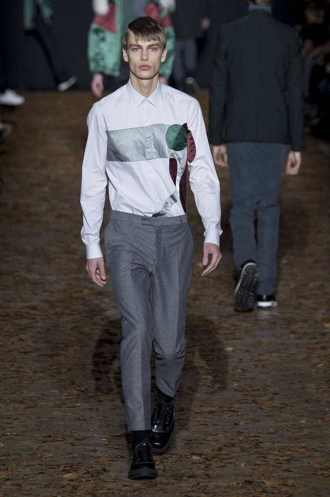Marc Schulze3101_FW15 Paris Kris Van Assche(fashionising.com)