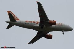 G-EZDD - 3442 - Easyjet - Airbus A319-111 - Luton M1 J10, Bedfordshire - 2014 - Steven Gray - IMG_0940