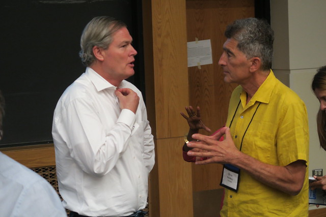 Gunter Pauli (left), Monday plenary