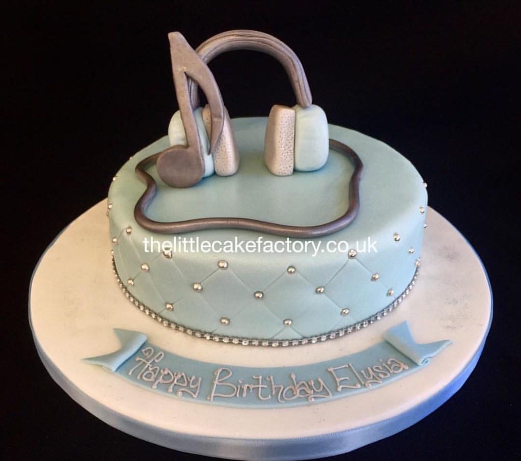 Headphone Birthday Cakes