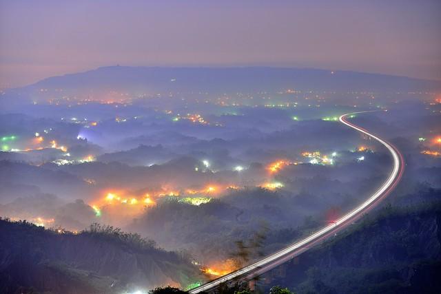 中寮山~迷霧之軌~ Fog Trail