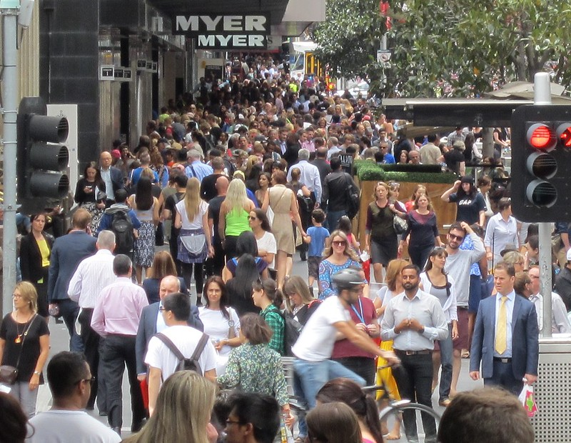 Bourke Street Mall, lunchtime