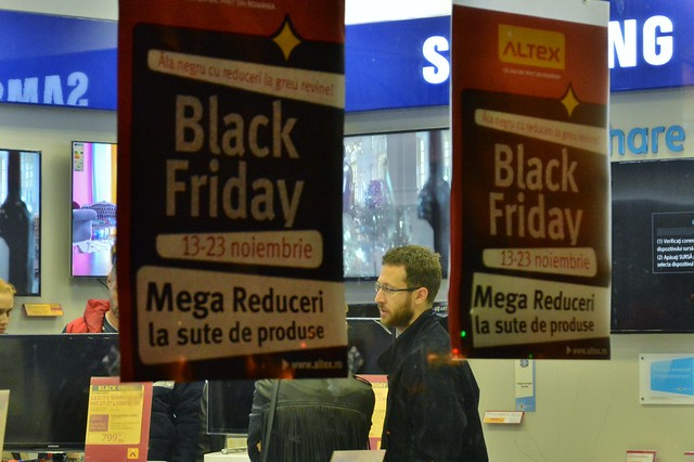 Black Friday 2014 la magazinele Flanco si Altex