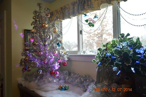aluminum tree in addition hall
