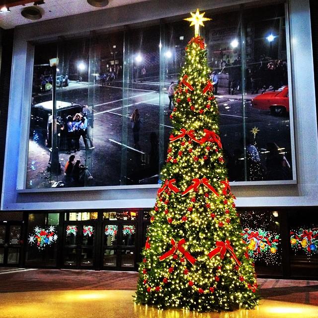 #itsbeginningtolookalotlikechristmas