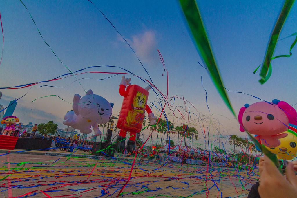 2012-12-20-夢時代氣球遊行3/3