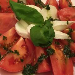 salad, vegetable, caprese salad, mozzarella, produce, food, dish, cuisine,