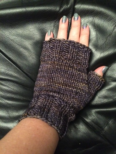 Fingerless mitts.