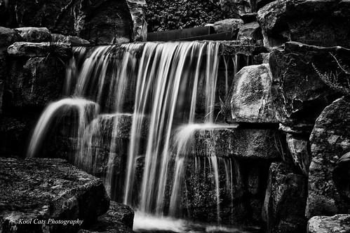 blackandwhite bw oklahoma water falls oklahomacity myriadbotanicalgardens ef24105mmf4lisusm