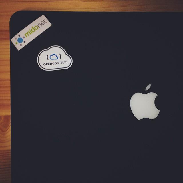 OpenStack Daysに行った後輩からもらった。 #MacBook Air #ステッカー