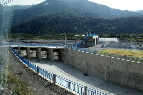 大潮州人工湖分洪設施