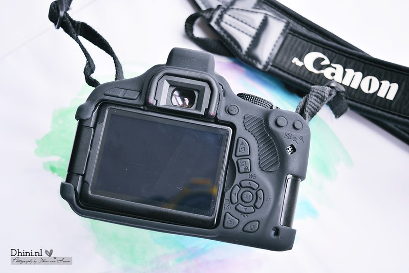 Easy Cover for DSLR camera