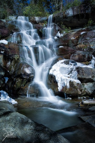 winter canon waterfall unitedstates tennessee cascades f11 24105 greatsmokymountainsnationalpark ramseycascades ef24105mmf4lisusm nd10 ramseyprong leebigstopper canoneos1dx
