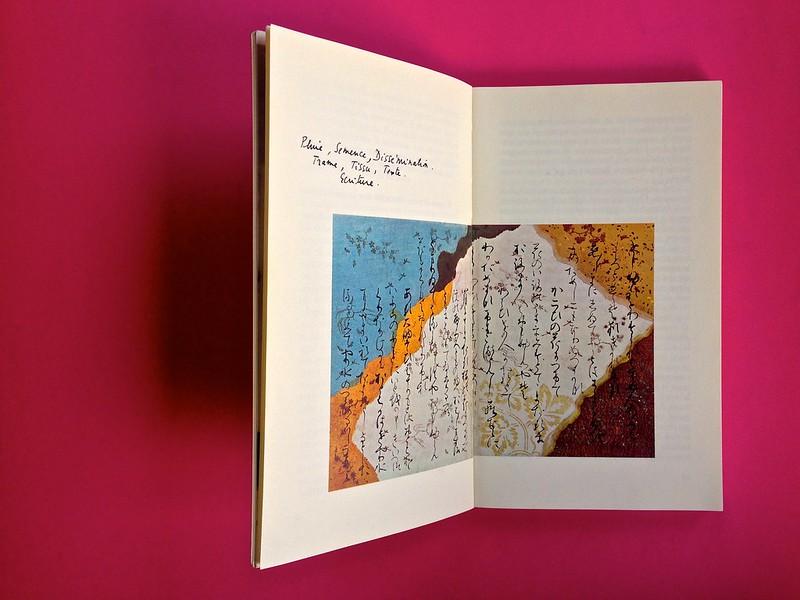 Roland Barthes, L'impero dei segni. Einaudi 1984. Illustrazione col. a doppia pagina, la didascalia riproduce la grafia dell'autore, a pag. 9 e 10 (part.), 1