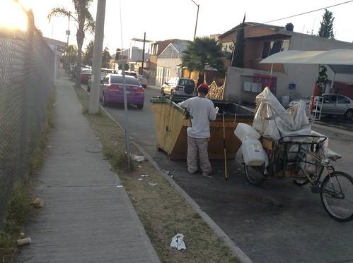 Informal waste picker in Aguascalientes