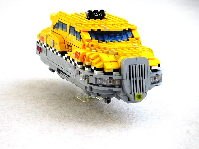 Fifth Element taxi