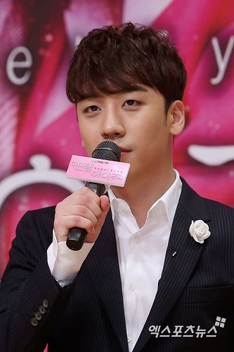 seungri_angel_eyes_140403_010