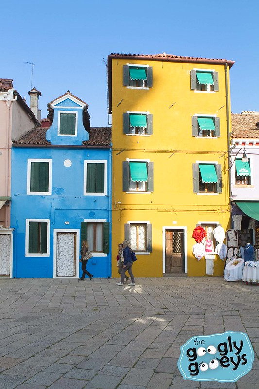 07 Burano Blue House with Clothes IMG_7270