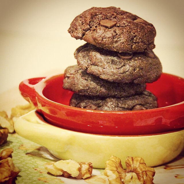 Walnut Butter Chocolate Cookies (Flourless & Butterless)