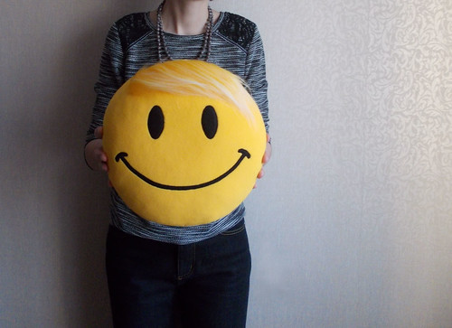 Smiley face plush pillow yellow fur hair  10