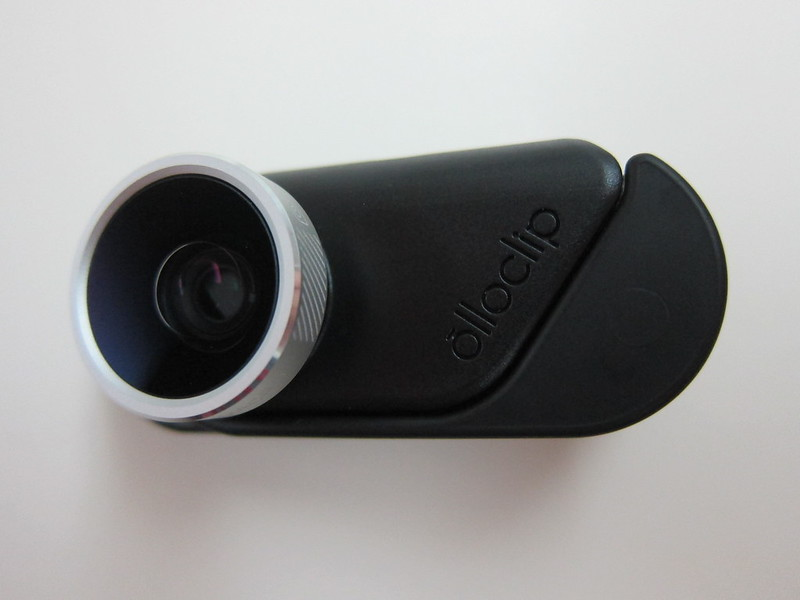 Olloclip 4-in-1 Photo Lens for iPhone 6/6 Plus - With Wearable Pendant