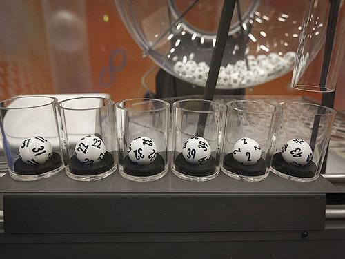 Канадець сім років судився за виграш у лотерею