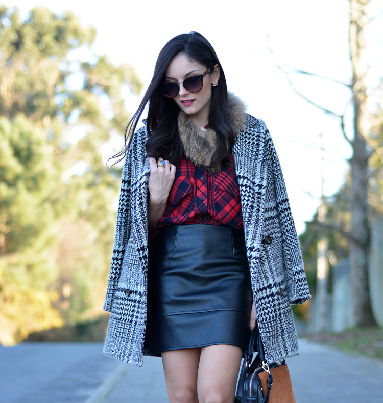 Zara_plaid_ootd_inspiration_outfit_skirt_leather_coat_fur_03