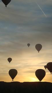 Ballons all around